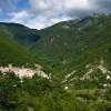 Vallepietra, sullo sfondo la Valle del Fosso dei Muralli