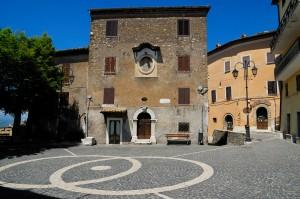 Affile, centro storico, piazza Castellana