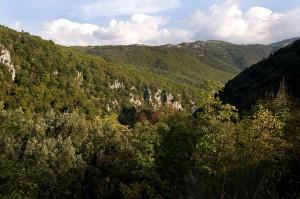 Gola del Pozzo del Diavolo, alle pendici dei Monti Simbruini