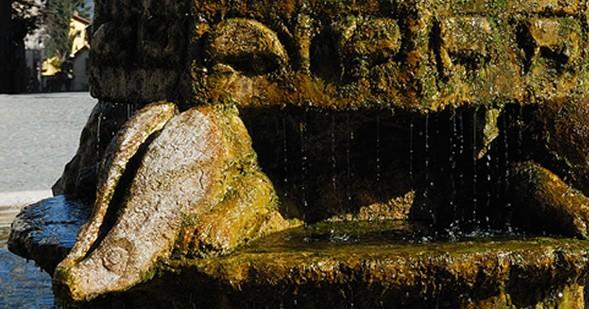 Anticoli Corrado, fontana di Arturo Martini